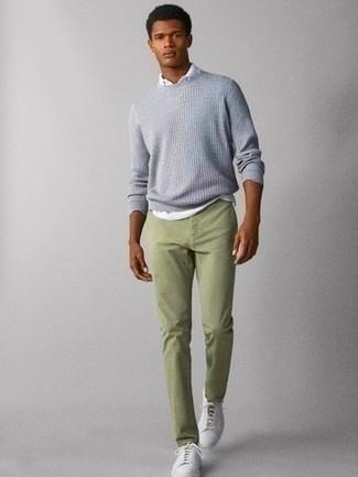 Фото мужского образа с футболкой-поло и свитером